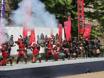 大阪城鉄砲隊 (350x263)