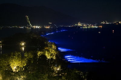 砂浜ライトアップ (400x267)