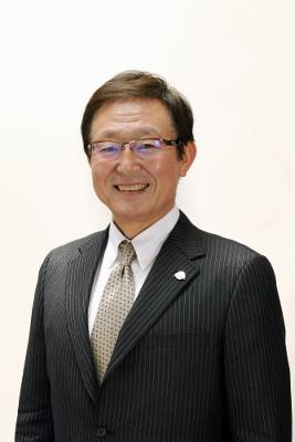 GS takeuchi (267x400)